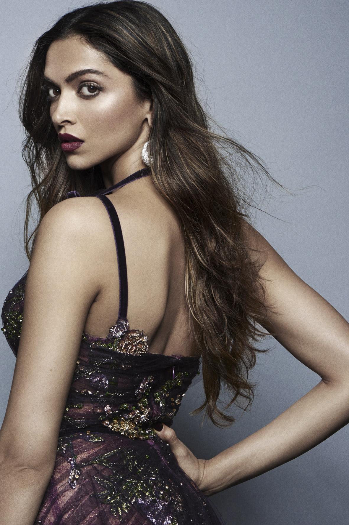 L'Oreal Paris Cannes May 17 2017 Deepika Padukone 2