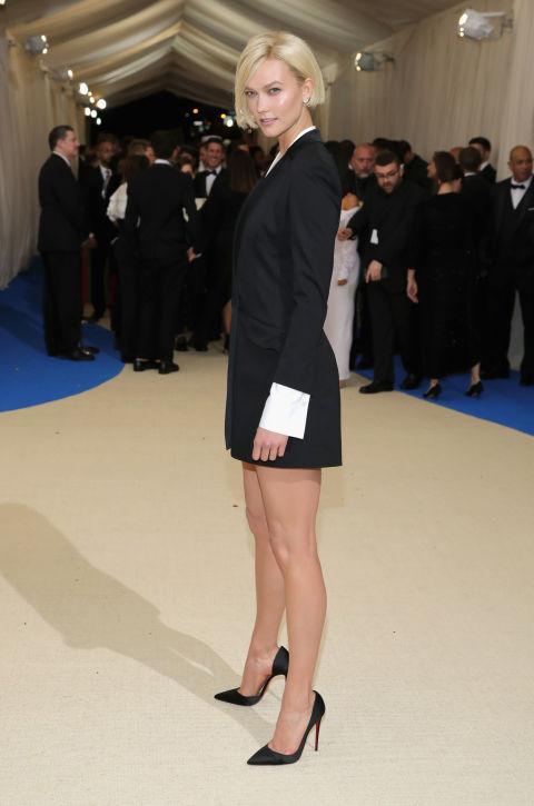 Karlie Kloss wearing Carolina Herrera