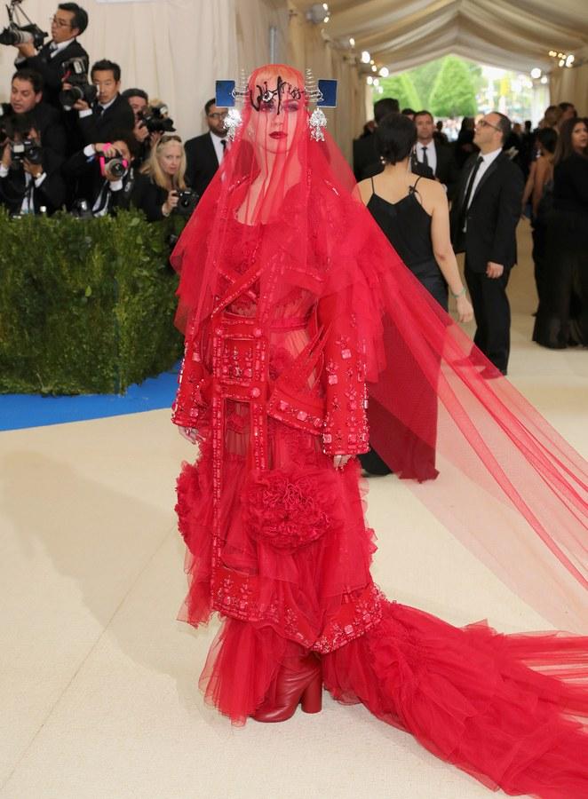 Katy Perry wearing Maison Margiela by John Galliano
