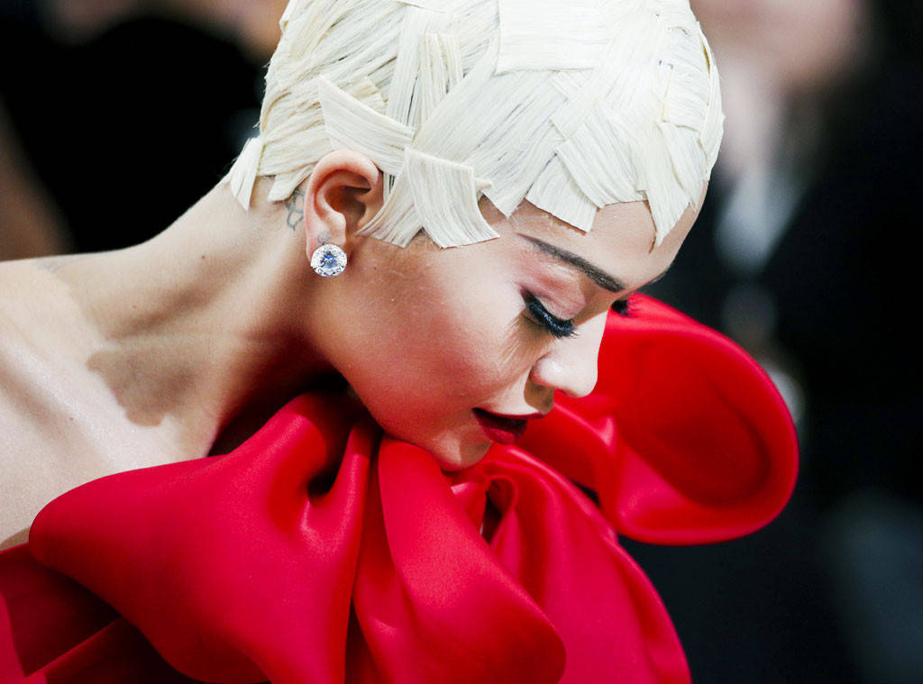 Rita Ora's controversial hairstyle from the Met Gala took 3 days to make by her stylist César Deleön Ramirez.