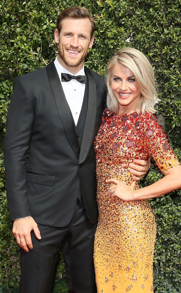 Julianne Hough and Brook Laich tied the knot this past weekend. Celebrating in front of 200 guests near Coeur d'Alene, Idaho.