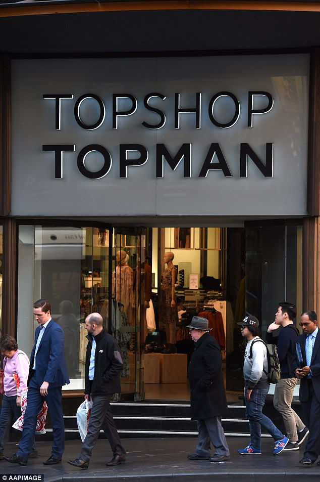 Topshop's parent group Arcadia is buying back several Topshop Topman franchises in Australia, which had been placed  into administration.