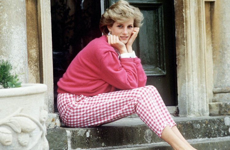 Princess Diana's style has come back to the spotlight after recent documentaries about her life.