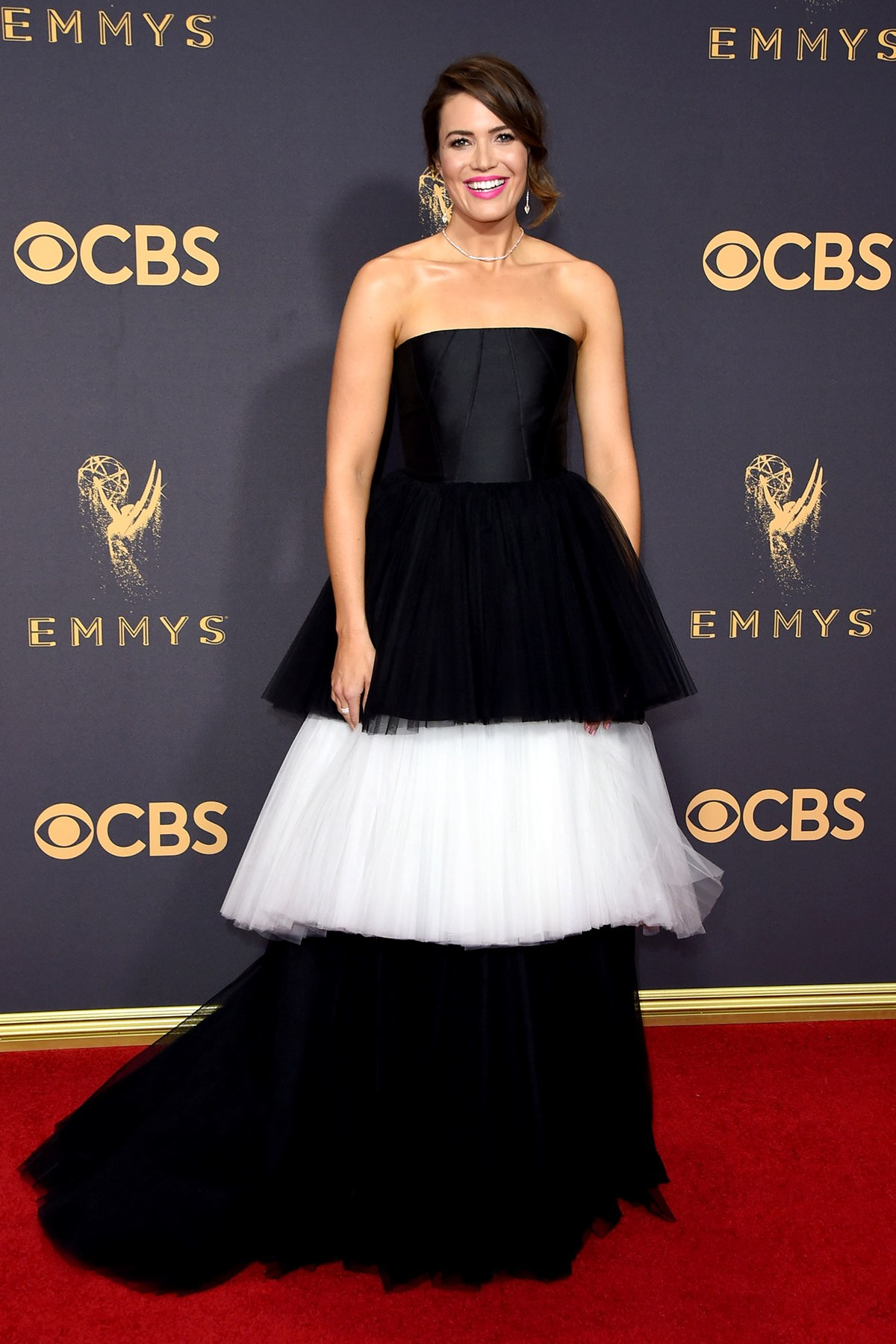 Mandy Moore wears Carolina Herrera