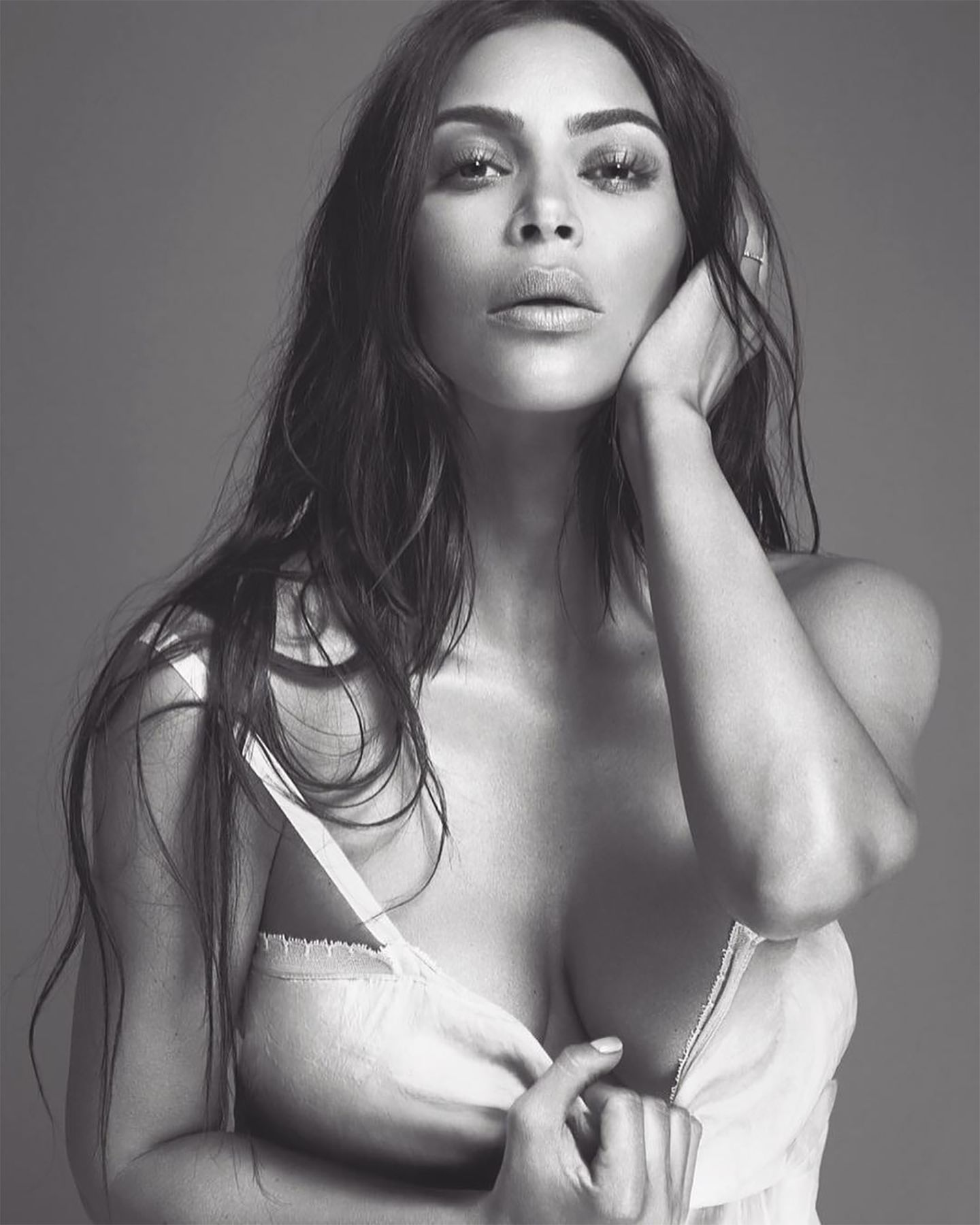 Kim Kardashian West is releasing a new eponymous perfume.