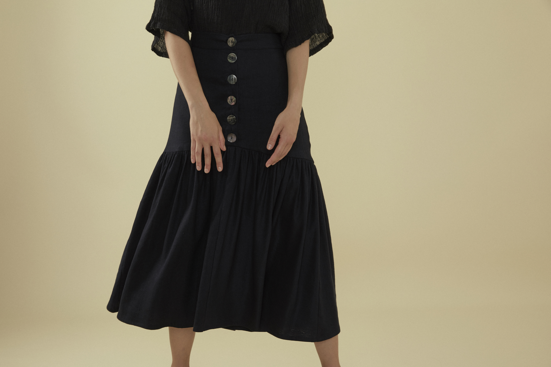 Bell Skirt - Black Linen-Tencel 1