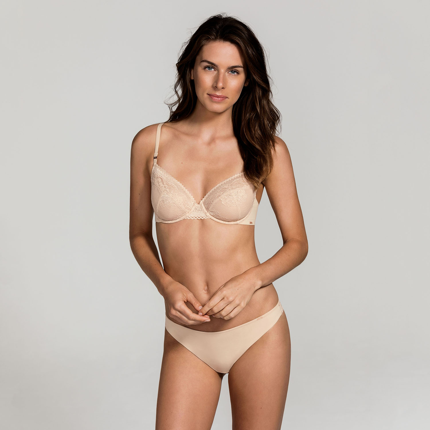 DORINA_Onbody_Isabelle_D17680A-B60_Non_Padded_Bra_D00565M-B60_String_Nude_Kat_F