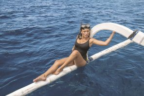 WE-AR LAUNCHES SWIMWEAR