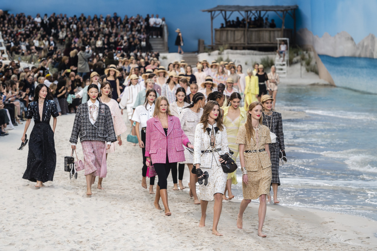 CHANEL'S BEACH RUNWAY
