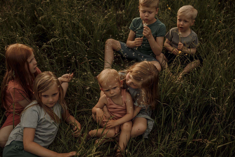 SS19 minimalisma childhood unspoilt