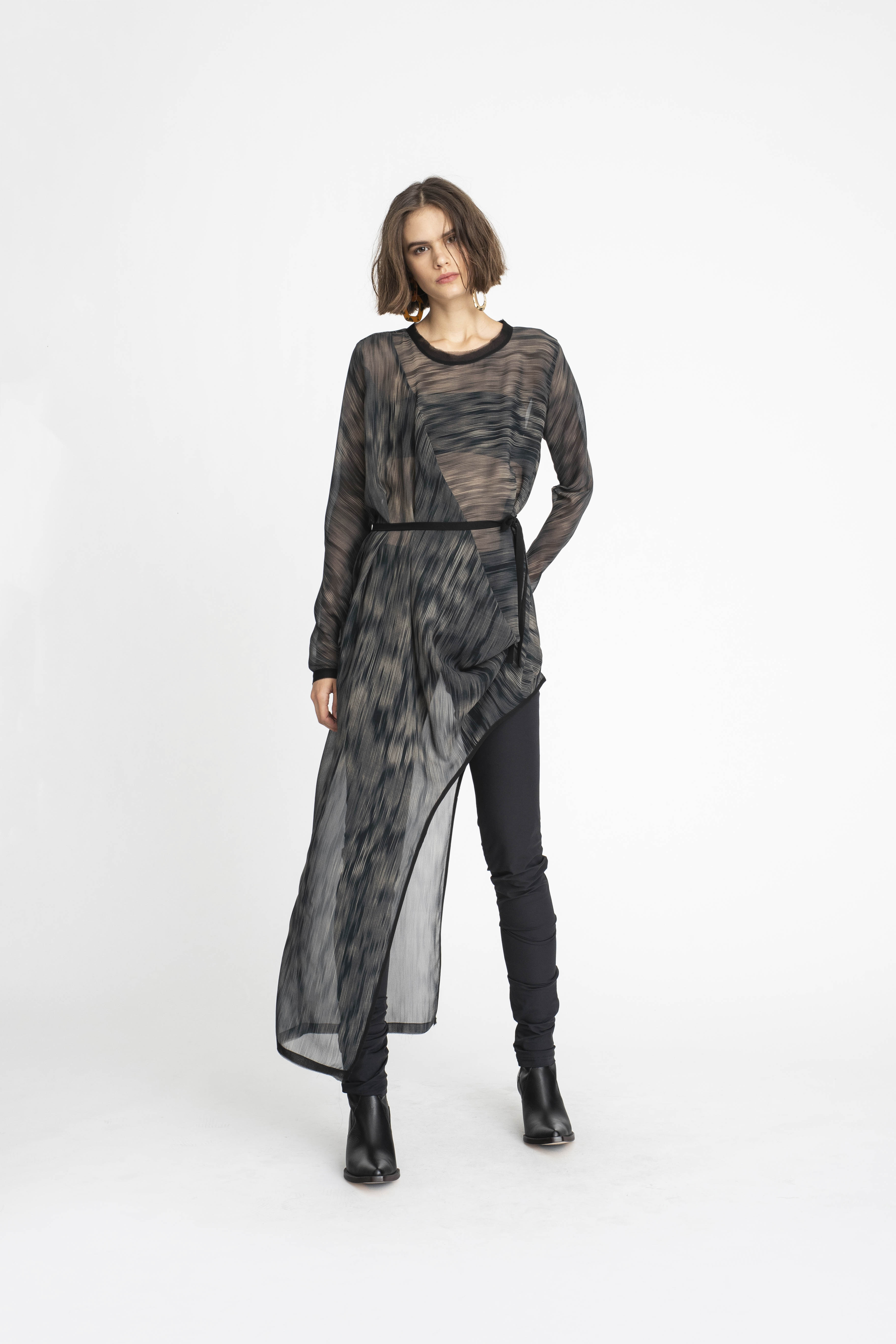 Stream-Tunic_Integral_Pant_TaylorBoutique_AW19_L85_1956 2
