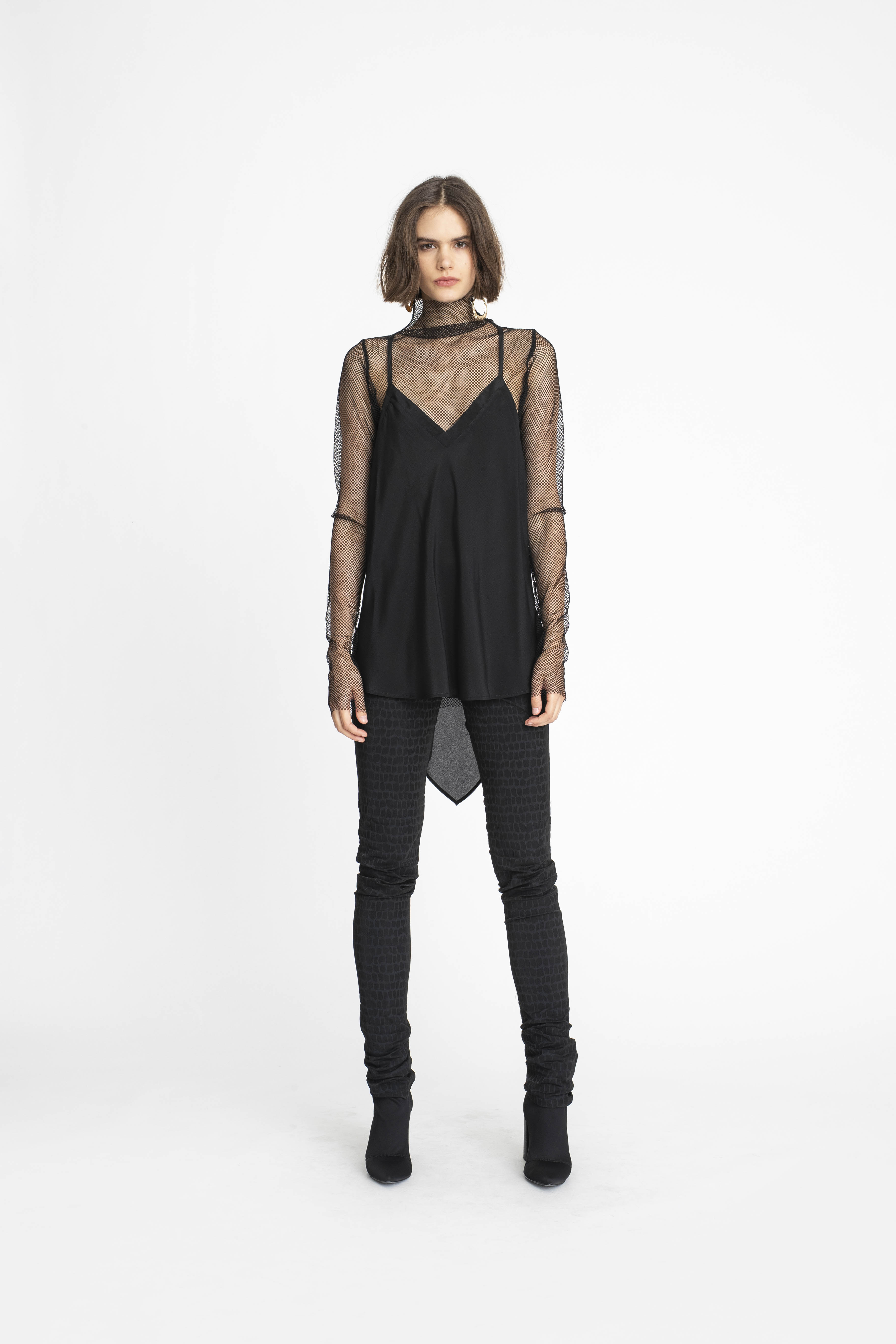 Undone-Tunic_Inherent-Tank_Integral-Pant_TaylorBoutique_AW19_L69_1675 2