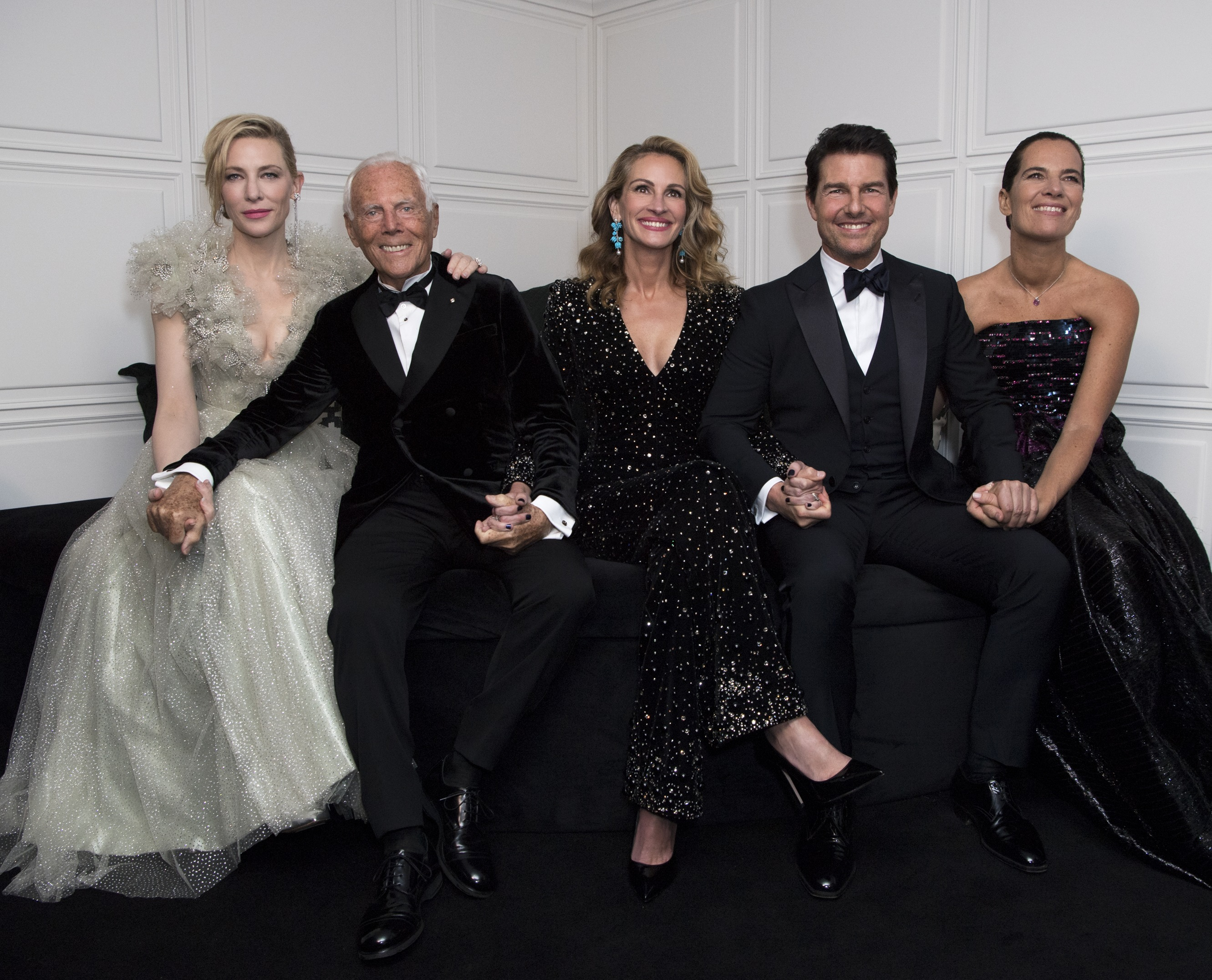 Giorgio Armani with Roberta Armani, Julia Roberts, Cate Blanchett and Tom Cruise - Photo by Stefano Guindani