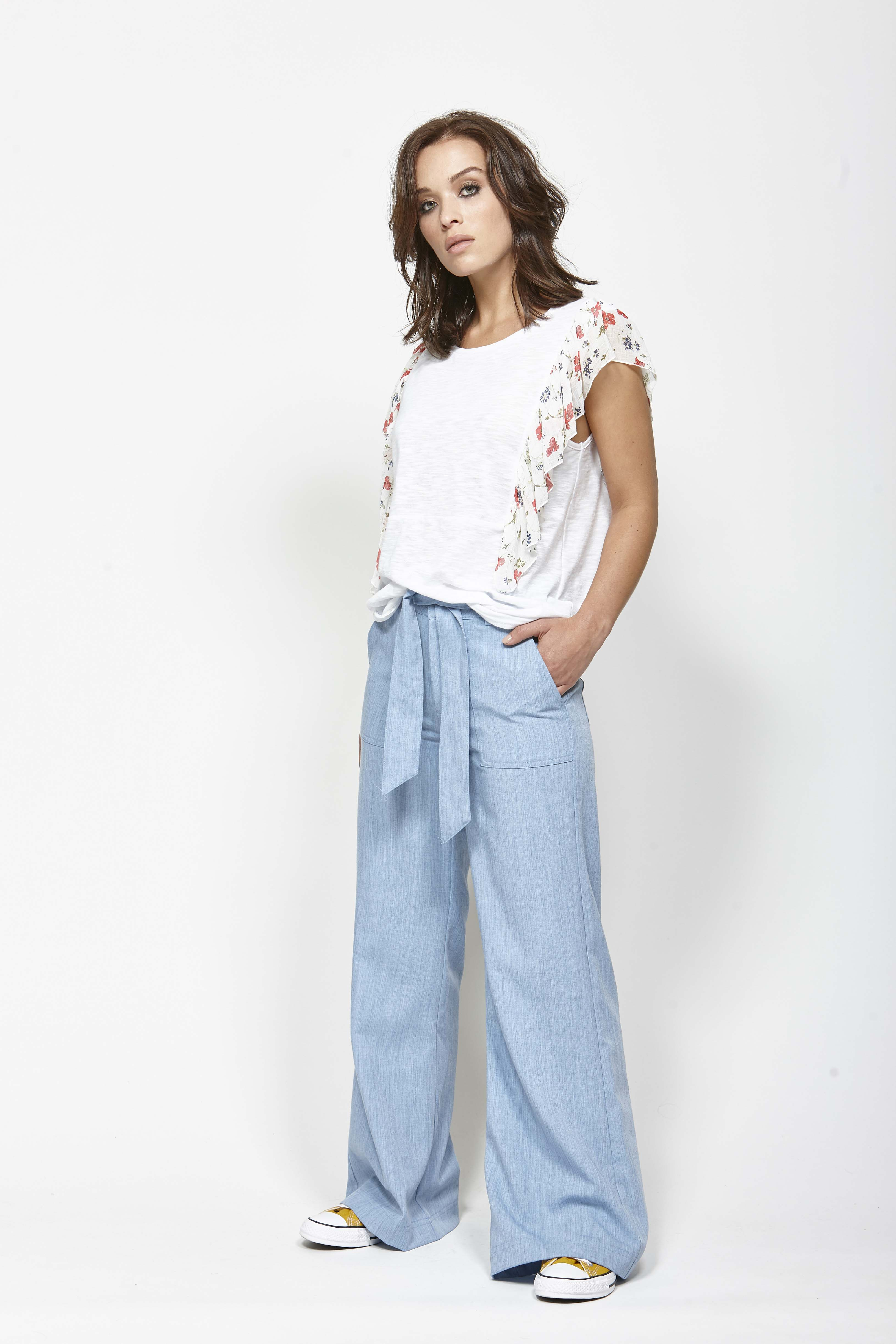 LEO+BE LB1365 Planner Tee, RRP$115.00 & LEO+BE LB1370 Stop Pant, RRP$159.00