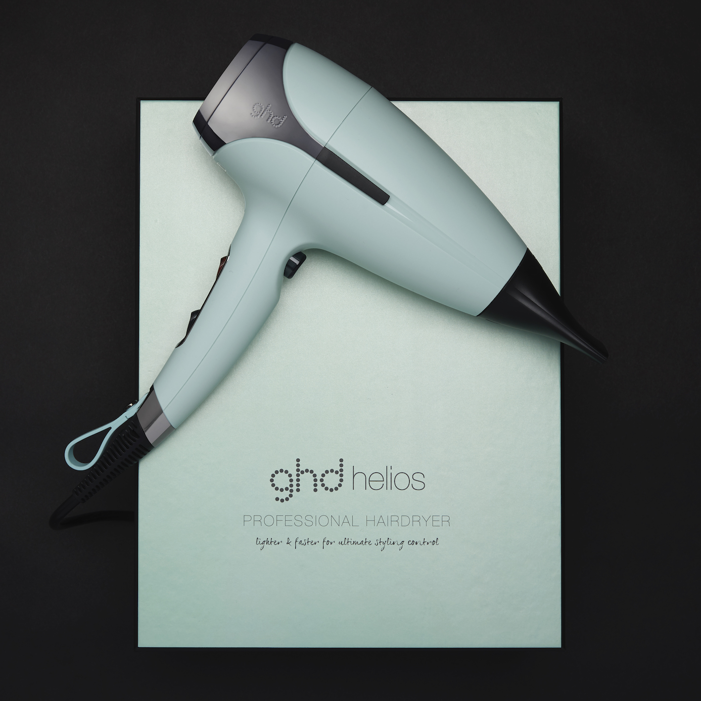 ghd Upbeat Collection helios professional hairdryer_Campaign Imagery_Neo-Mint (4)