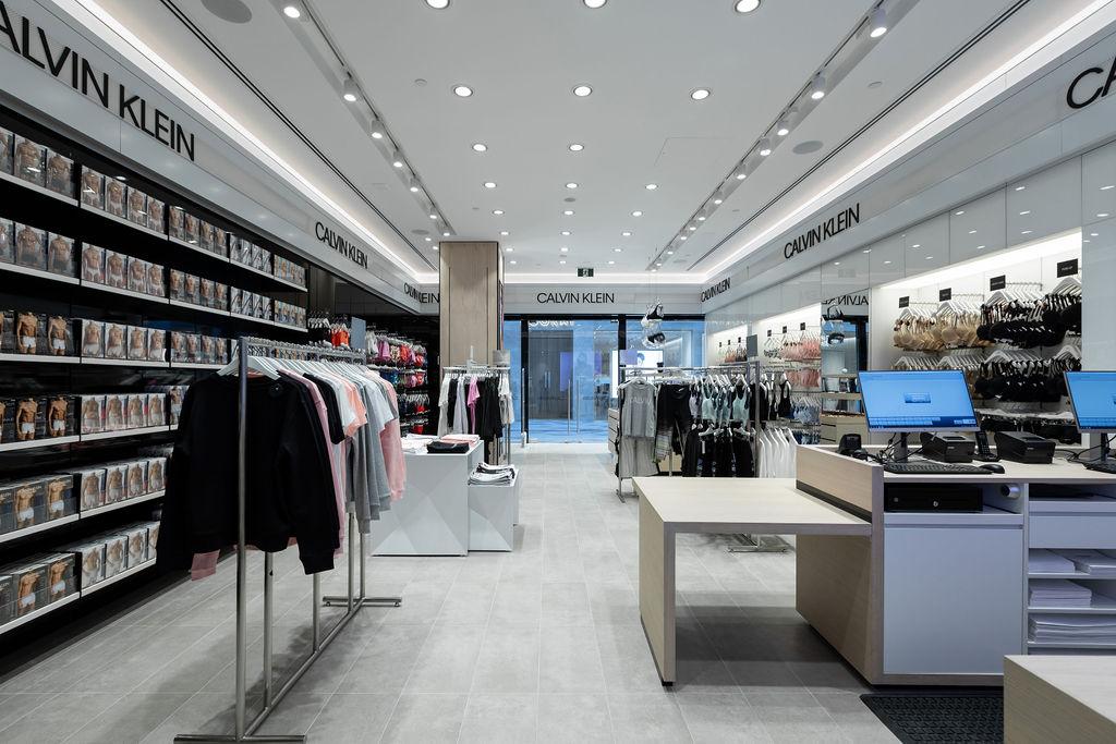 Calvin Klein Commercial Bay 7