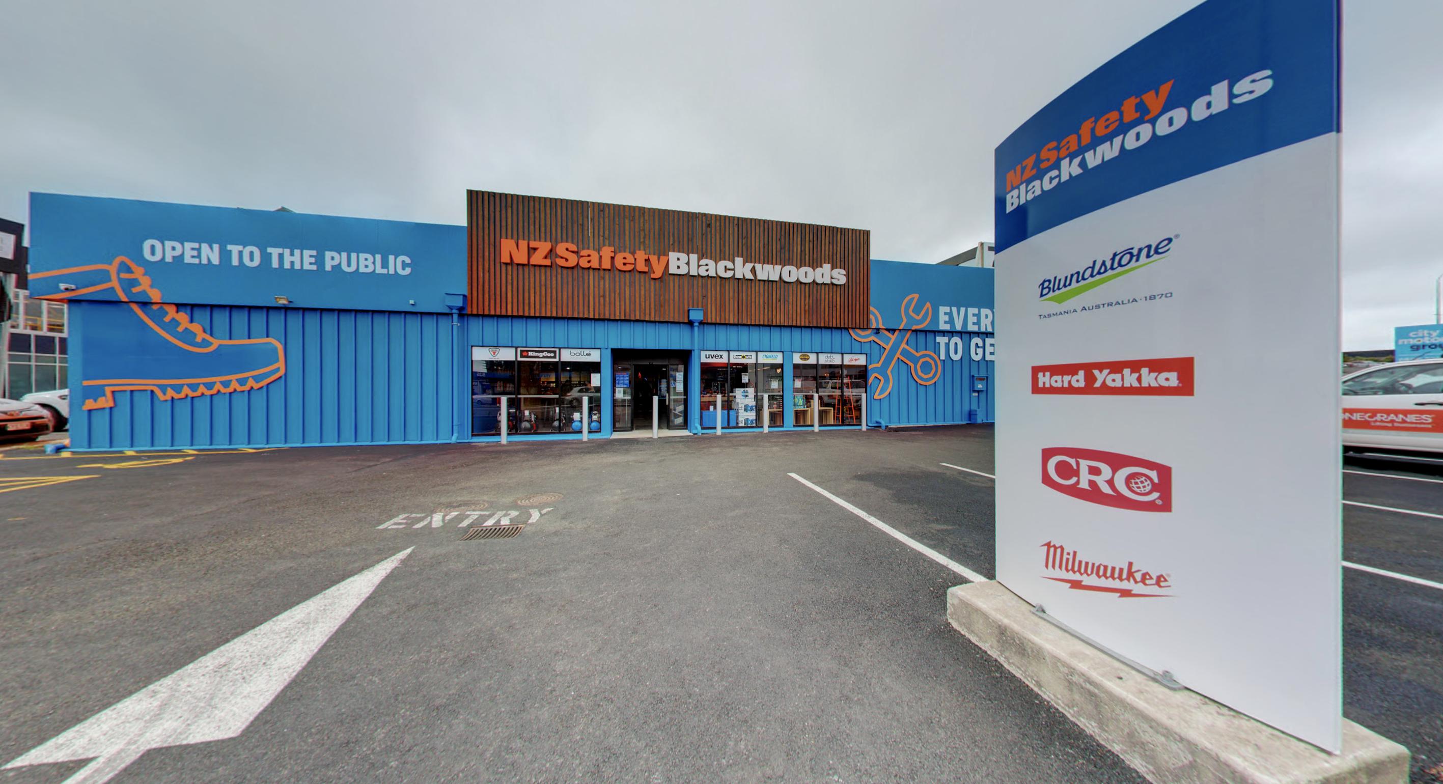 Blackwoods-Penrose-Storefront (1)