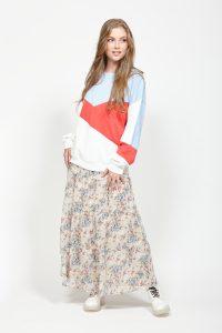 LEO+BE Segment Sweatshirt and floral maxi length skirt